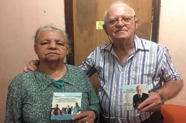Idoso de 76 anos realiza sonho e grava CD em Manhuaçu