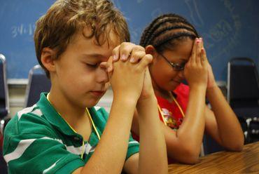 "Professora proíbe ""Deus"" em sala de aula"