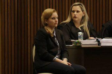 Elize pede para sair ao ver imagens do corpo do ex-marido em júri