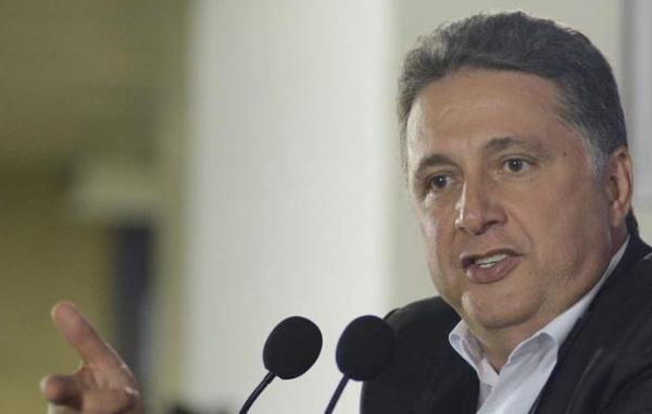 Anthony Garotinho é preso durante transmissão de rádio