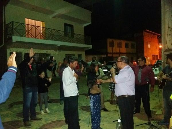 IBA realiza cultos nos bairros de Manhumirim