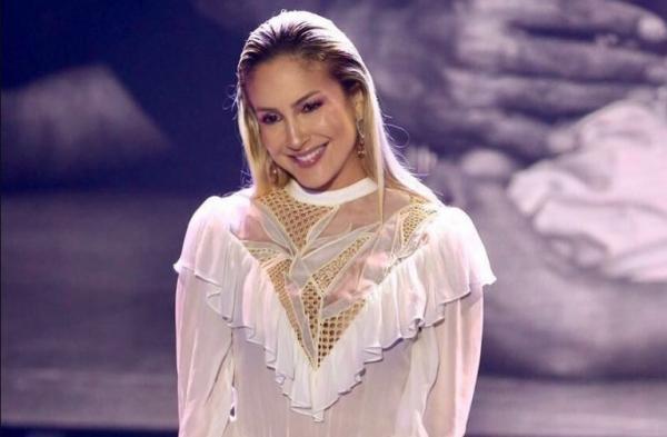 Em sua apresentação na 20º edição do programa Teleton, do SBT, a cantora Claudia Leitte surpreendeu pela escolha.