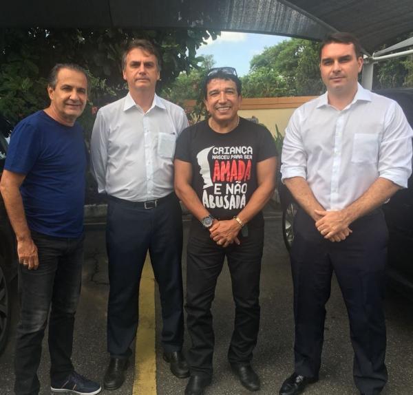 Silas Malafaia, Jair Bolsonaro, Magno Malta e Flávio Bolsonaro Foto: Reprodução/Instagram