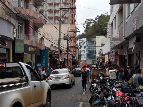 Serão sorteadas para os consumidores televisões e vale-compras nas empresas participantes da Liquida Manhuaçu. Haverá premiação também para os vendedores e lojas. (Foto/Divulgação)