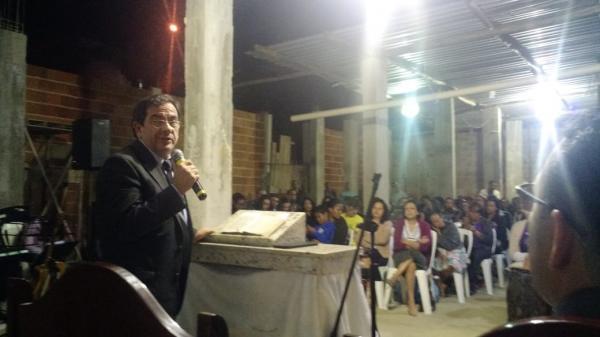 Pastor Jander Magalhães ministrou em Manhuaçu nesta quarta-feira