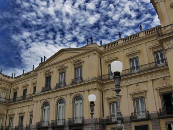O que havia no Museu Nacional que foi destruído?