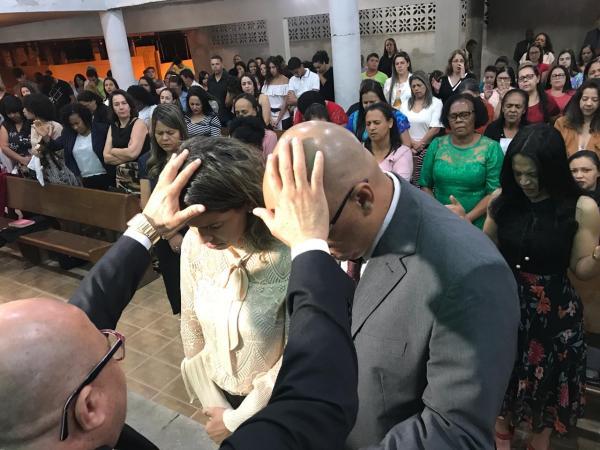 Culto de posse recebe o pastor Henrique Costa em Manhuaçu