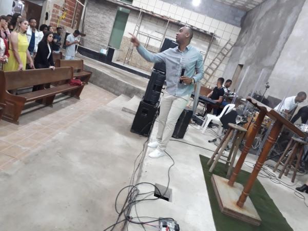 Assembleia de Deus da Petrina realizou encontro de jovens e adolescentes em Manhuaçu