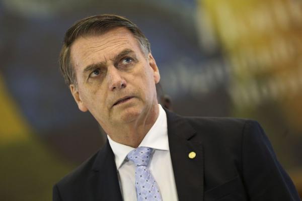 Bolsonaro, 38º presidente do país, toma posse hoje à tarde