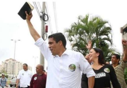 Daciolo está no Patriota, mas sairá porque o partido não atingiu a cláusula de barreira.