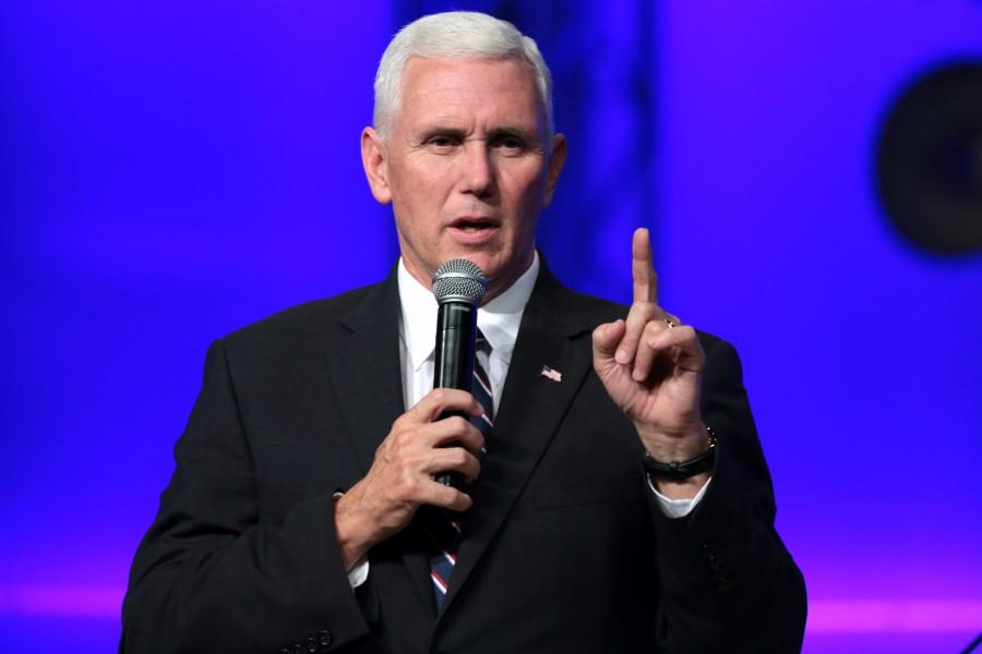 """""""As vozes mais altas para a tolerância, têm pouca tolerância para as crenças cristãs tradicionais. Esteja preparado"""", disse ele diante dos alunos de uma das maiores escolas cristãs do mundo."""