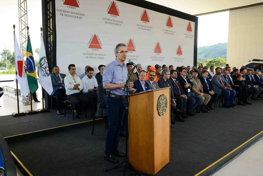 Governador entrega novas viaturas para a Polícia Militar da região