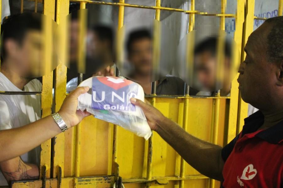 Universal nos Presídios . (Foto: Universal.org)
