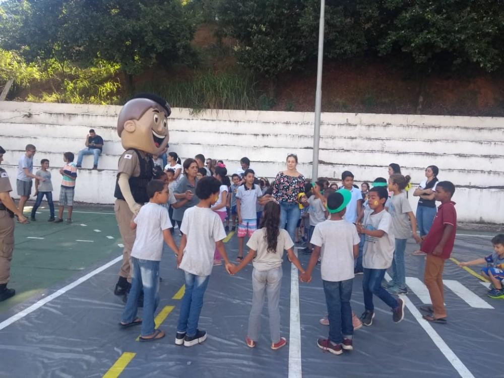 PM de Manhuaçu lança o projeto Vamos ao Batalhão?