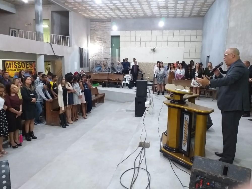 Começou a jornada de oração na Assembleia de Deus da Petrina em Manhuaçu