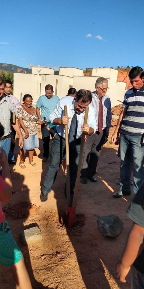 O pastor Jander em sua rede social agradeceu ao engenheiro Mateus Dias, que contribuiu com o projeto de engenharia do templo.