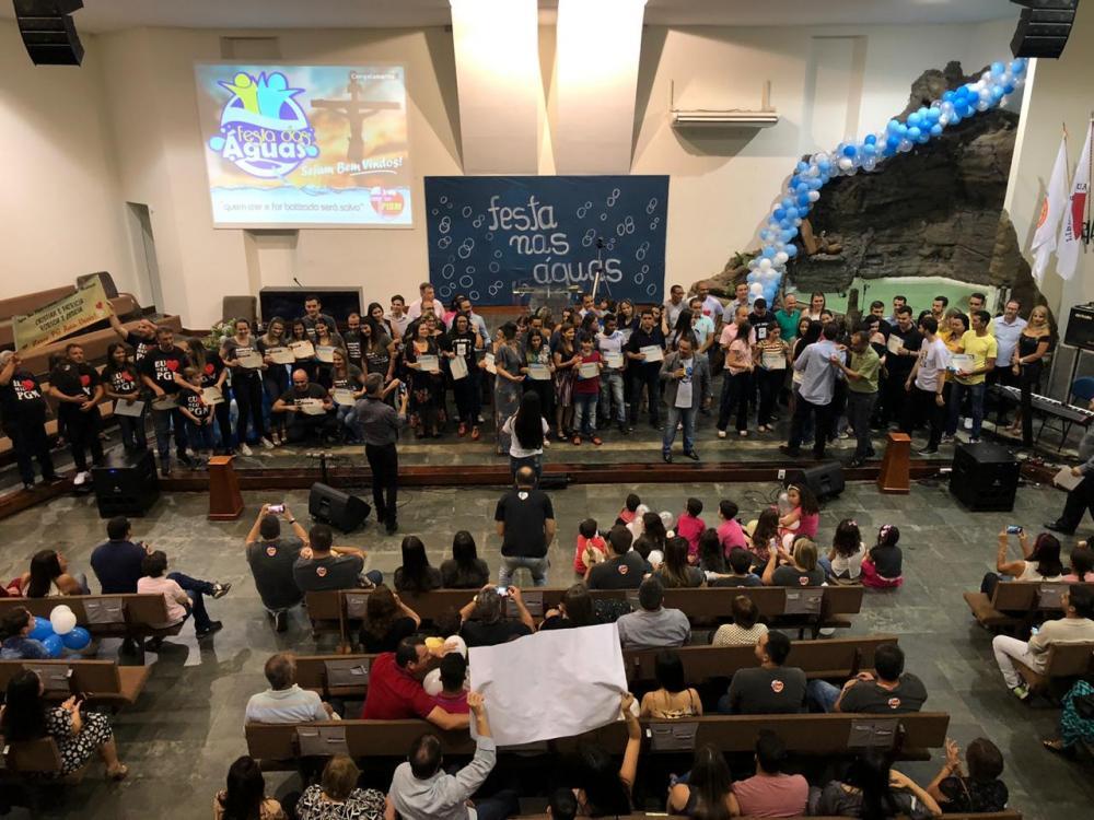 O pastor Marcio Melo agradeceu a todos pelo empenho e pelo sucesso dos trabalhos realizados pela igreja. (Foto/Divulgação)