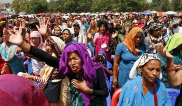Com nova lei, Nepal proíbe cristãos de evangelizar