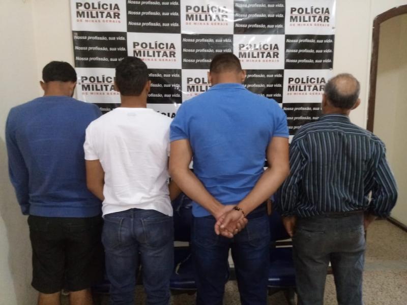 CHALÉ: Polícia Militar e Polícia Civil cumprem mandados de prisão e apreendem arma de fogo